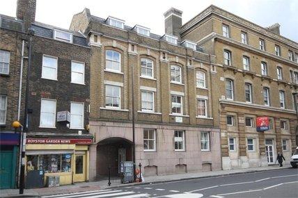 Haywards Place, 187-211 St John's Street