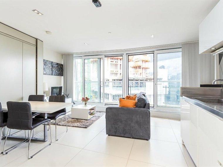 Bezier Apartments, 91 City Road
